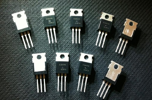BeO used in high frequency electronic transistors