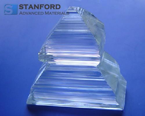 CY2256 Ytterbium-doped Potassium-Gadolinium Tungstate Crystal (Yb:KGW)